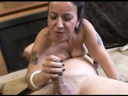Steaming Cougar Bangs Her Stepson